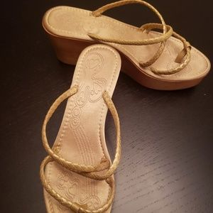 DKNY 3.5 inch golden platform sandals